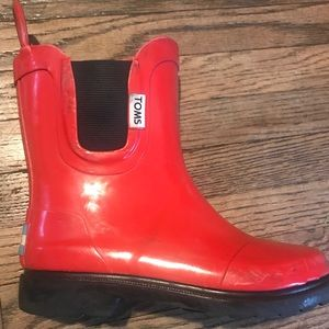 Toms kids red rain boots size 12
